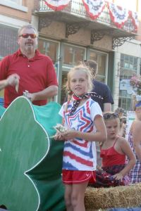 The Pleasant View 4H Club handed out cheese sticks in the 2014 Galena parade.